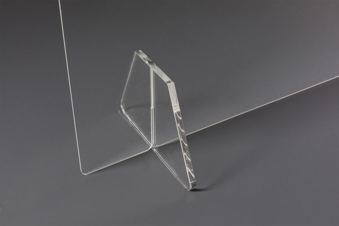 osłona biurka, pleksi na biurko szyba z plexi